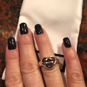 Gucci Other - GUCCI silver heart GG ring